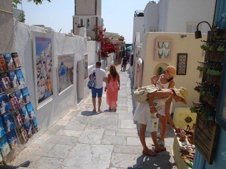 Shop In Santorini