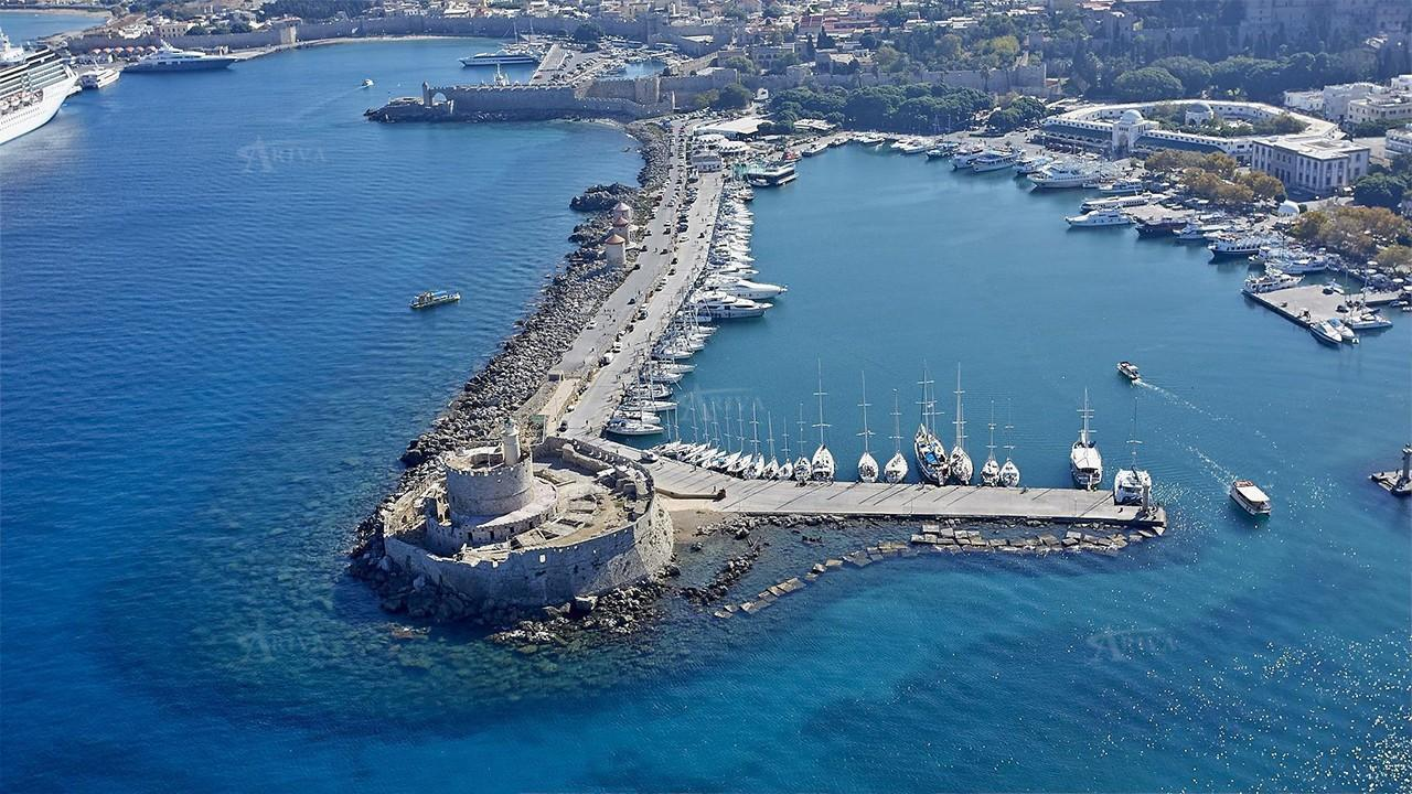 Explore the Greek islands from Rhodes in 2 Weeks