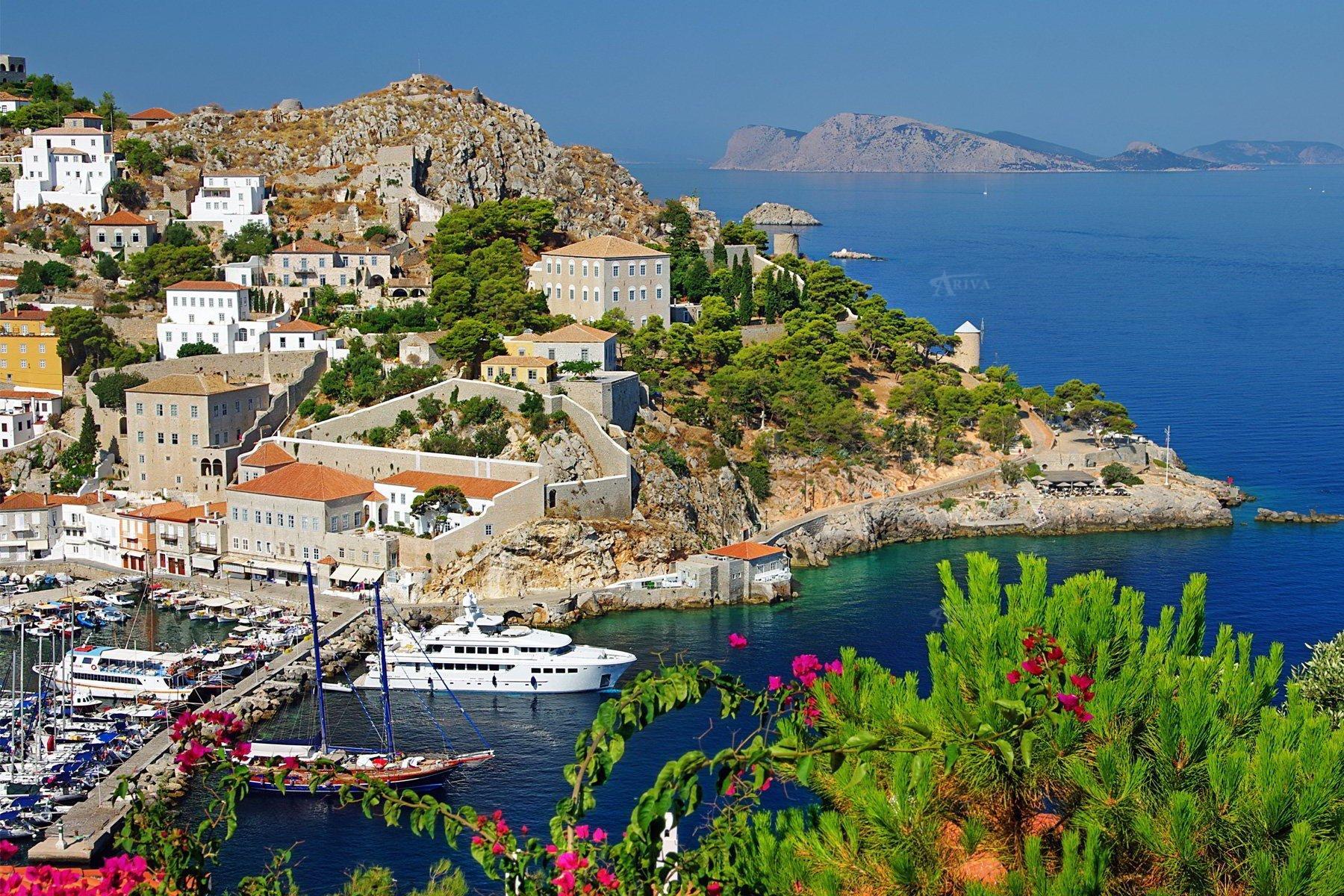 Hydra Island Harbour