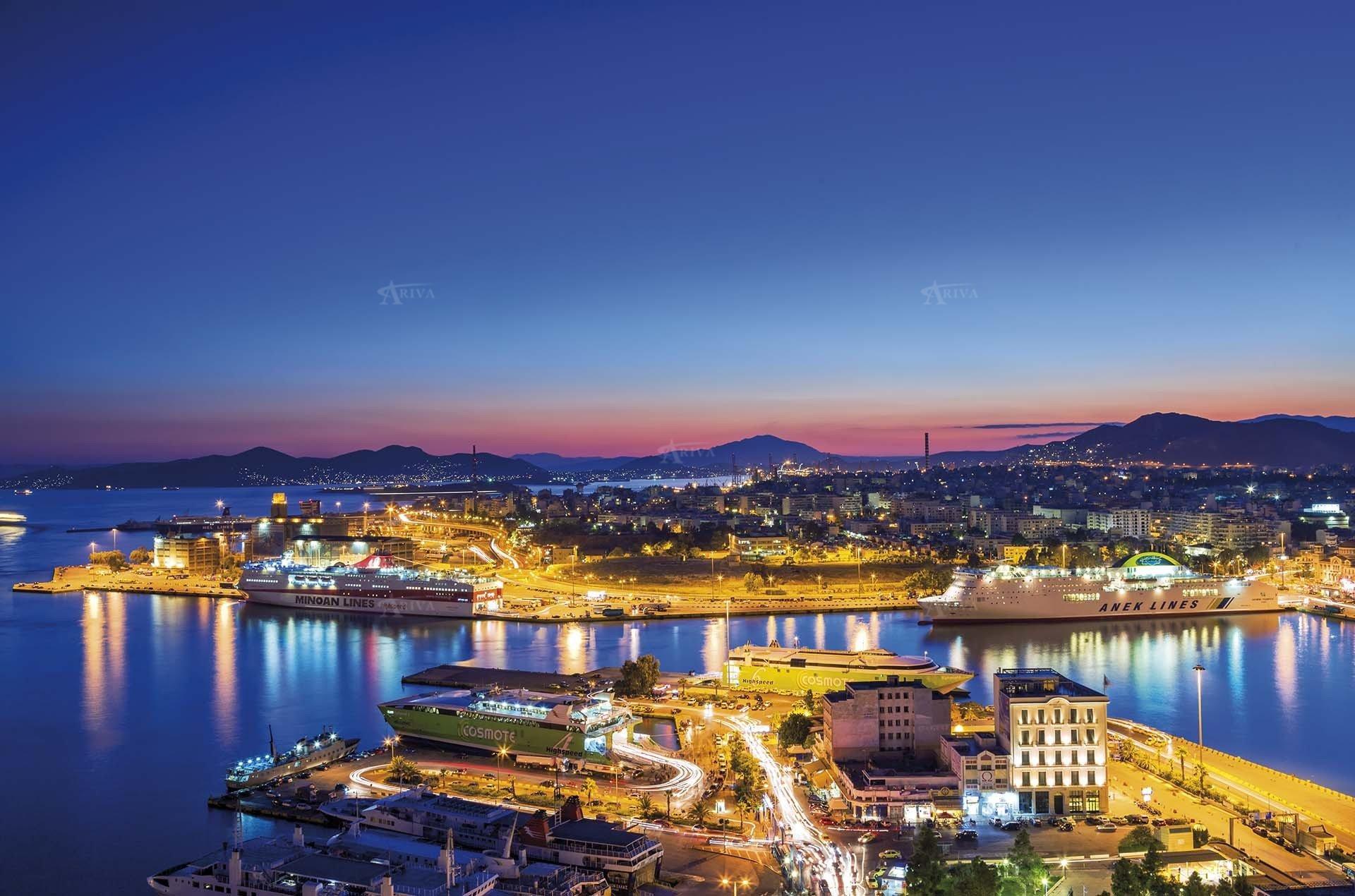 Piraeus Yacht Charter