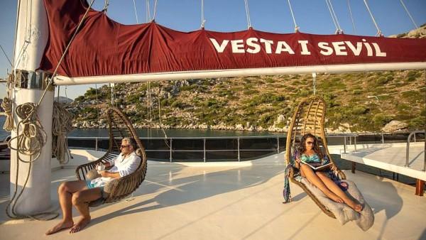Vesta 1 Sevil